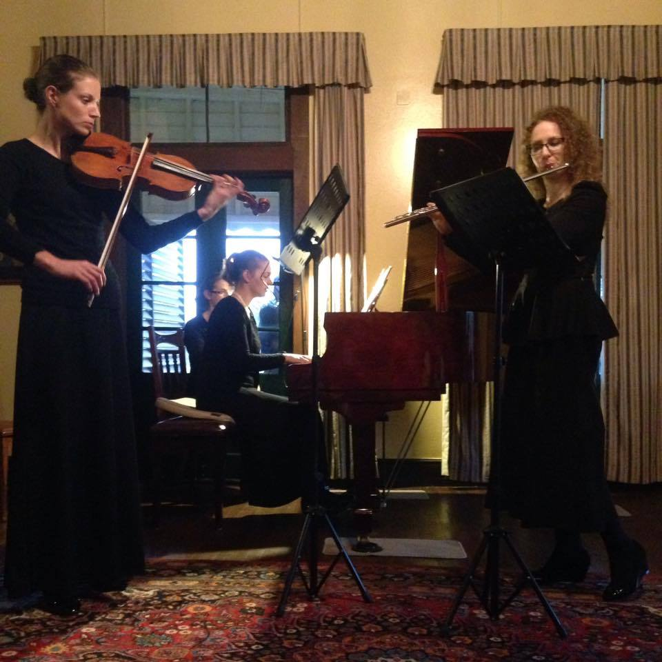 The Arabesque Trio, in performance at Taabinga Homestead. Photo credit: Michelle Hansen